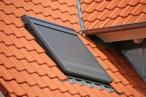 Volet pour fenêtre de toit